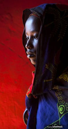The Faces of the World (Omo Valley) by Eric Lafforgue. - dezdemon-home-decorideas. Eric Lafforgue, We Are The World, People Around The World, African Beauty, African Women, Beautiful Children, Beautiful People, Foto Face, African Culture