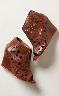 cute cutout leather wedges http://rstyle.me/n/meu3dr9te