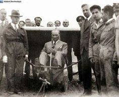 Atatürk Republic Of Turkey, The Republic, Turkish Army, The Turk, Ulsan, Great Leaders, Dope Art, Our Country, Historical Pictures