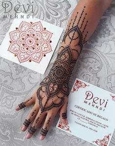 Discover recipes, home ideas, style inspiration and other ideas to try. Henna Hand Designs, Mehndi Designs For Beginners, Bridal Henna Designs, Beautiful Henna Designs, Mehndi Designs For Hands, Henna Tattoo Designs, Henna Tattoo Hand, Henna Tattoos, Henna Inspired Tattoos