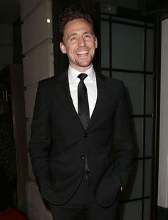 Tom Hiddleston attends the BAFTA Film Gala Dinner at BAFTA on February 5, 2015 in London, England [HQ] Source: http://torrilla.tumblr.com/