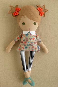 Reservado para Maria tela muñeca Rag Doll chica en por rovingovine
