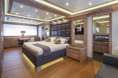 The Mangusta 165 - Master Suite