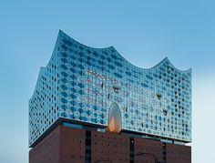 Architekturfoto des Fotostudios Farbtonwerk der Elbphilharmonie in Hamburg. Fotograf Berlin
