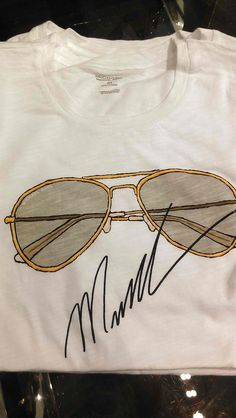 Michael Kors limited edition soft cotton t-shirt! Want want want!!
