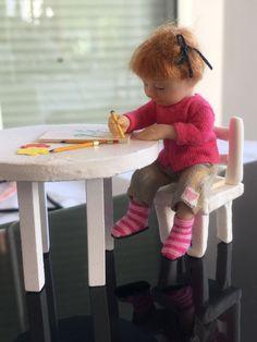 1:12 dollhouse artist doll CATHERINE MUNIERE
