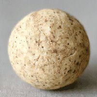 Oatmeal soap balls ~ I love oatmeal skin treatments, can't wait to make some of these!