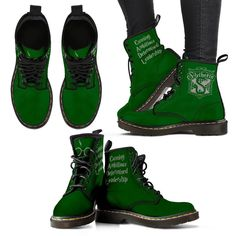9a7be0ad1db Gryffindor - Slytherin - Ravenclaw - Hufflepuff Women s Premium Suede Boots  Sapatos Da Hello Kitty