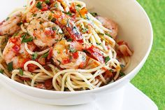 Chilli prawn and tomato spaghetti- Just six ingredients is all you need for this speedy, exciting dinner! Chilli Prawn Linguine, Prawn Spaghetti, Chilli Pasta, Chilli Prawns, Spaghetti Vongole, Spaghetti Bolognese, Spicy Shrimp, Shrimp Pasta, Spinach Pasta Recipes