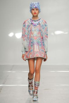Manish Arora Spring 2015 Ready-to-Wear - Collection - Gallery - Look 16 - Style.com