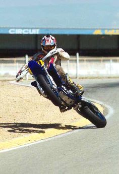 powering out of a corner properly. This is supermoto at its best