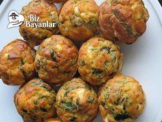 Ispanaklı Peynirli Toplar Tarifi Bizbayanlar.com #BeyazPeynir, #HellimPeyniri, #Ispanak, #KabartmaTozu, #Karbonat, #Pulbiber, #SıvıYağ, #Soğan, #Tuz, #Un, #Yumurta,#KahvaltılıkTarifleri http://bizbayanlar.com/yemek-tarifleri/kahvaltilik-tarifleri/ispanakli-peynirli-toplar-tarifi/