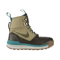 WMNS NIKE LUNAR TERRA ARKTOS *** You can get more details by clicking on the image.