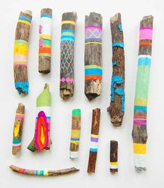 Did you see these beautiful painted sticks that Jan from Poppytalk  posted recently?  They're by artist Ginette Lapalme  and they inspired ...