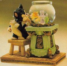 Disney Figaro and Clea Snow Globe