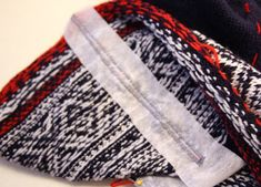 Strikke tips: Montering av ermer! Fair Isle Knitting, Diy Sewing Projects, Sweater Jacket, Couture, Plaid Scarf, Knitwear, Knit Crochet, Diy And Crafts, Knitting Patterns