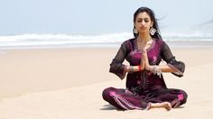 Yoga is great for the mind and body. Enjoy wallpaper images of different Yoga poses with every new tab.