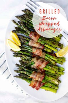 Did you know that you can cook Bacon Wrapped Asparagus on the grill! SO easy! Excellent for those on a keto or low carb diet. One of those recipes you'll return to again and again! Recipe video and detailed instructions in post. Healthy Grilling Recipes, Healthy Summer Recipes, Quick Healthy Meals, Real Food Recipes, Keto Recipes, Grilled Recipes, Healthy Sides, Veggie Recipes, Healthy Cooking