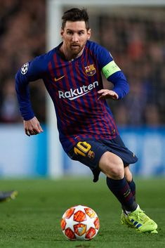 Lionel Messi of FC Barcelona in action during the UEFA Champions. Messi Vs, Messi Soccer, Messi And Ronaldo, Soccer Fans, Nike Soccer, Soccer Cleats, Cristiano Ronaldo, Ronaldo Real, Fc Barcelona
