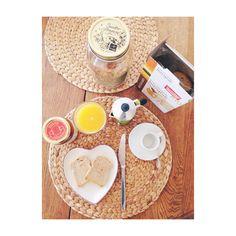 Breakfast, no school!