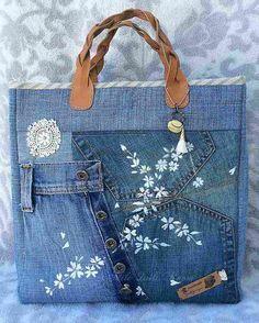 Comment faire un sac en jean tutos instructions et ides Jean Crafts, Denim Crafts, Denim Bag Tutorial, Denim Handbags, Diy Bags Purses, Denim Purse, Denim Ideas, Recycled Denim, Fabric