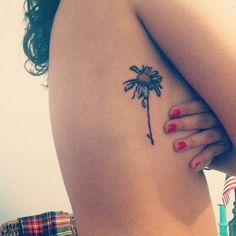 love the flower design and placement!