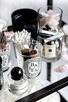 The Ultimate List Of Gift Ideas For Your Girlfriend This Christmas Reuse Candle Jars, Cleaning Candle Jars, Reuse Jars, Rangement Makeup, Small Bedroom Storage, Organizing Small Bedrooms, Bedroom Small, Trendy Bedroom, Old Candles