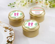 Personalized Gold Round Candy Tins - Pineapples and Palm (Set of 12) #partyfavors #beach #wedding