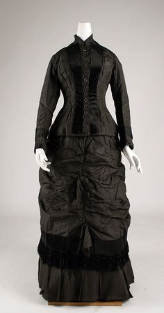 Dress - 1879 - The Metropolitan Museum of Art