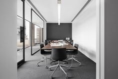 Little Group Office - Mim Design Photography: Peter Clarke Corporate Office Design, Office Space Design, Modern Office Design, Corporate Interiors, Office Interiors, Corporate Offices, Australian Interior Design, Interior Design Awards, Home Interior
