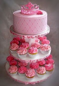 Princess cake w/ cupcakes. Love it!