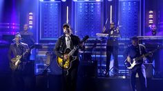 No U2? Jimmy Fallon makes do with Bono impersonation on 'Tonight'