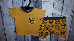 Babykleidung - Baby kurze Pumphose mit T-shirt 62/68 - ein Designerstück von bEnOtO bei DaWanda