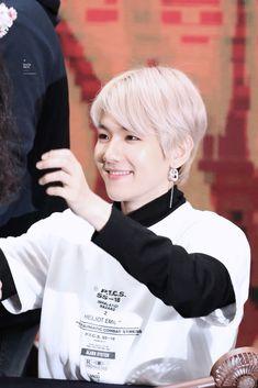 변백현 | Baekhyun | Baekhyun EXO | Baekhyun EXO CBX | Baekhyunee puppy | Baekhyun cute | Hot Baekhyun | BBH | Baekhyun airport | Baekhyun shirtless | Funny Baekhyun | Baekhyun smile | Baekhyun wallpapers | Baekhyun photoshoot | Baekhyun with fans | Baekhyun selca | Baekhyun glasses | Бэкхён 'ㅅ'