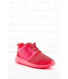 Roshe Run Trainers in Coral / by Nike