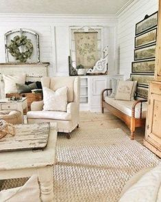 Best Shabby Chic Living Room Ideas for Your Home That Can Invite The Good Ambiance French Country Living Room, Shabby Chic Living Room, Country Farmhouse Decor, French Country Decorating, Living Room Decor, Living Rooms, Modern Farmhouse, Country French, French Farmhouse