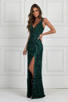 Evening Gowns Formal Dresses for Women Luxury Gowns – dearmshe Designer Evening Gowns, Ball Gowns Evening, Evening Dresses, Formal Dresses For Women, Formal Gowns, Matric Dance Dresses, Gala Dresses, Burgundy Dress, Maxi Dress With Sleeves