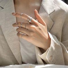 Hand Jewelry, Cute Jewelry, Jewelry Gifts, Jewelery, Silver Jewelry, Set Fashion, Fashion Rings, Fashion Jewelry, Women Jewelry