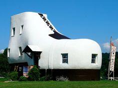 8. Best roadside attraction    Roadside Attractions Giant Shoe PA  #EsuranceDreamRoadTrip