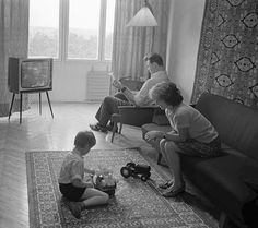 An average Soviet working-class family; this family lived in Kiev