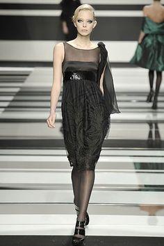 Elie Saab Fall 2008 Ready-to-Wear Fashion Show - Tanya Dziahileva
