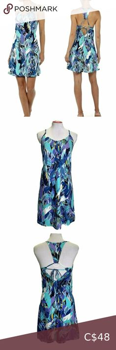 Patagonia Edisto Dress XS Blue Floral Cut Out Patagonia Edisto Women's Dress XSmall Blue Floral Hawaiian Strappy Cut Out Back  Measured While Laying  Length-33.5 in  Chest-in Patagonia Dresses Mini Blue Dresses, Short Dresses, Summer Dresses, Cowl Neck Dress, Large Size Dresses, Hawaiian, Plus Fashion, Fashion Trends
