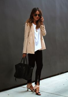 Perfect color combo with tan, black and white.