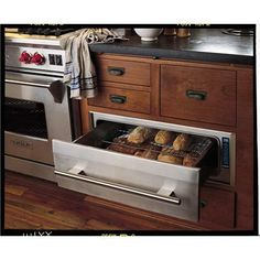 Commercial Warming Drawer from Wolf, Model: WD30 Warming Drawer. Oh man this is killer!  Wouldn't this be a nice addition to any kitchen.