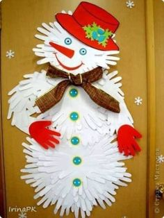 50 Super Cute Winter Crafts For Kids 50 Super Cute Winter Crafts For KidsThis post contains affiliate links. For more information please read my 50 Super Cute Winter Crafts For # Christmas Card Crafts, Snowman Crafts, Christmas Cards To Make, Christmas Activities, Craft Activities, Kids Christmas, Holiday Crafts, Christmas Decorations, Kids Crafts
