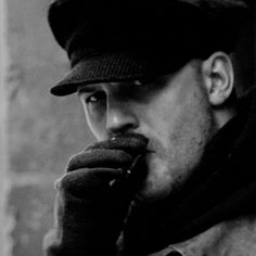 Tom Hardy - Child 44. Look at dem lips!