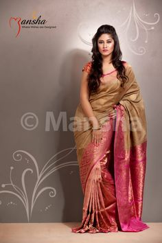 Indian Jewellery and Clothing: Beautiful sarees from Mansha.Am sure you guys will love them. South Indian Silk Saree, Indian Bridal Lehenga, Indian Beauty Saree, Indian Attire, Indian Ethnic Wear, Indian Dresses, Indian Outfits, Phulkari Saree, Kanjivaram Sarees