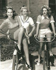 girls on bike's