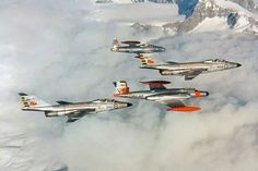 Canadian CF-101 and CF-100 Military Jets, Military Aircraft, Canadian Army, American Fighter, Aircraft Pictures, Armed Forces, Airplanes, Air Force, Fighter Jets