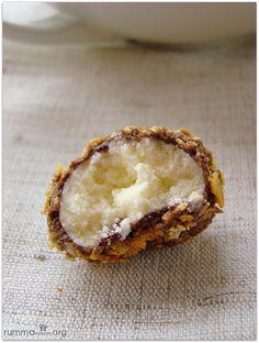 Nişastalı mısır gevrekli kurabiye tarifini arkadaşımın tavsiyesi üzerine denedim özellikle çocuklar bayıldı..Ağızda dağılan bol çikolatalı çıtır çıtır gevrekli güzel bir kurabiye oldu.İyi haftalar diliyorum..Çocuklarınızı bu kurabiyelerle şımartmanız dileğiyle..:)) Mısır gevrekli kurabiye nasıl yapılır Malzemeler: 3 yumurta ( L) 250 gr katı yağ 700 gr nişasta 1 su bardağı tozşeker 1/ 2 paket kabartma tozu Üzeri …